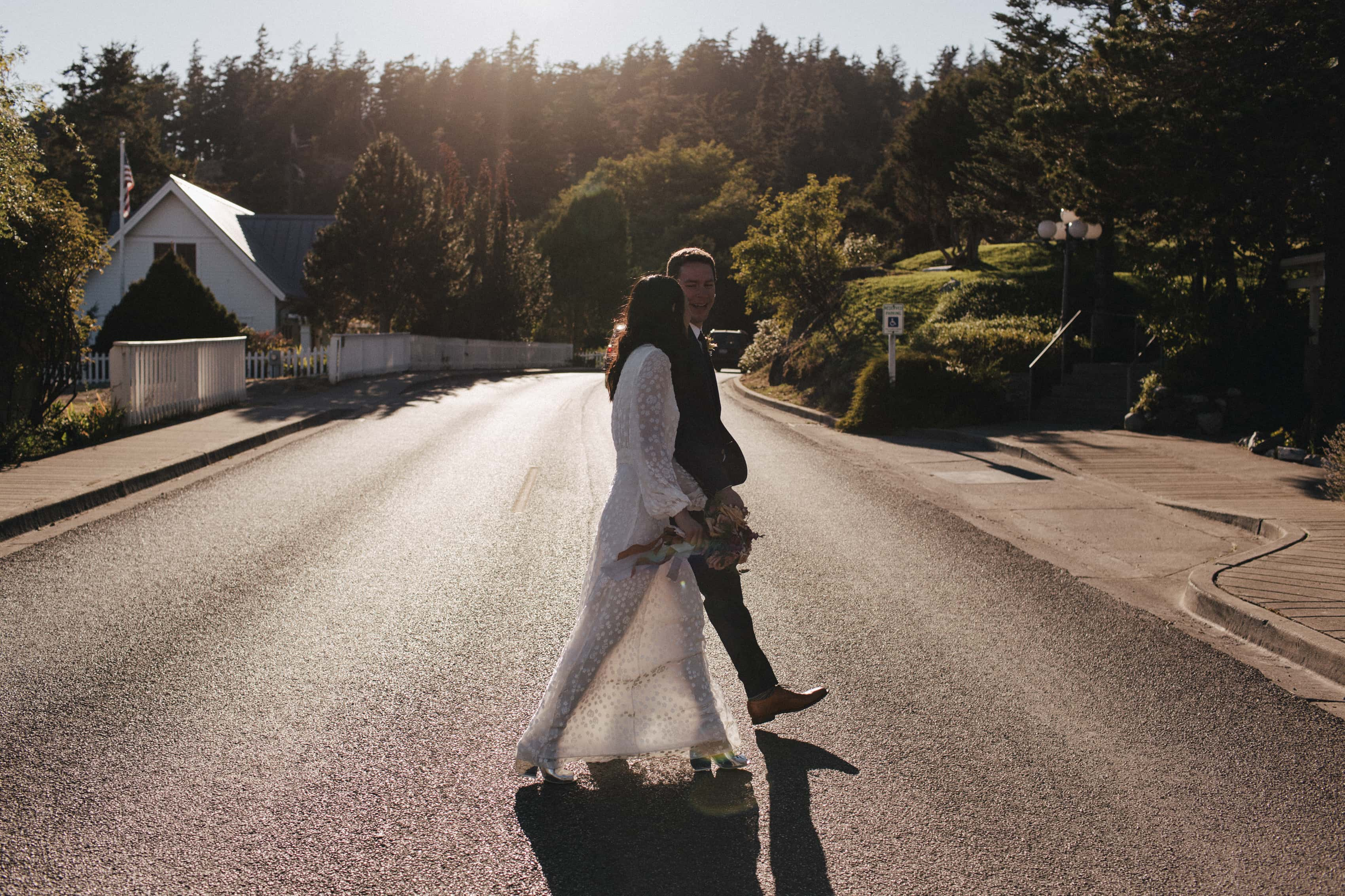 Christine & Devon – Orcas Outlook Inn